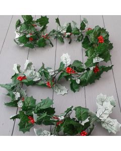 Artificial 175cm Green Holly and Red Berry Garland